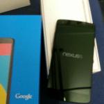 Nexus 5の開封画像。