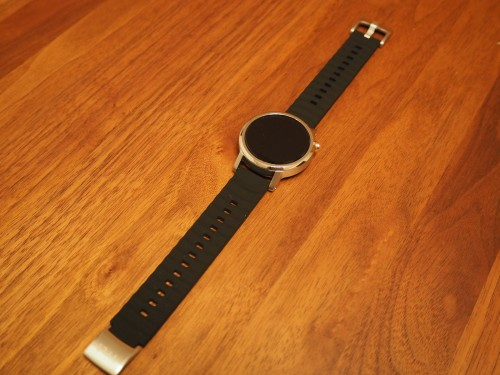 moto360-2nd-tylt-band18