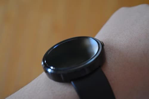 moto360-ambient-mode1