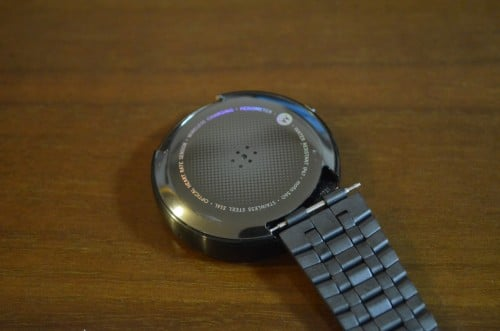 moto360-pebble-steel-band10