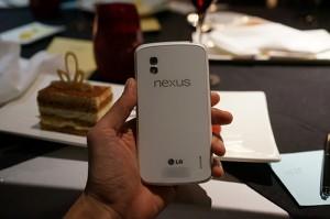 nexus4white1