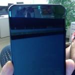 Nexus6には通知LEDランプが上部スピーカーに搭載されているもののソフトウェアレベルで無効化されていることが判明。