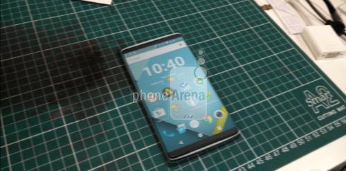 OnePlus 2のリーク画像前面