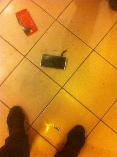 oneplusone-battery-explode4