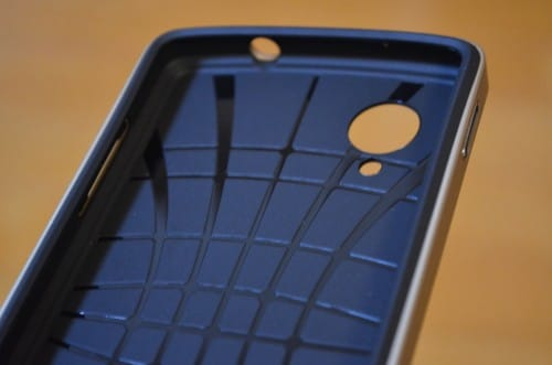 spigen-sgp-google-nexus5-case-neo-hybrid-review9
